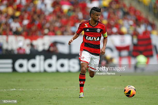 Leonardo Moura of Flamengo in action during the match between Flamengo and Criciuma for the Brazilian Series A 2013 at Maracana on September 29 2013...