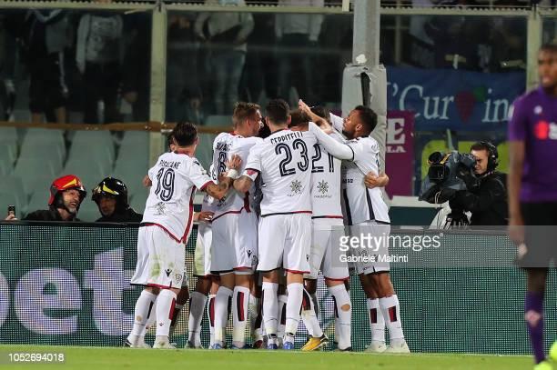 Leonardo Pavoletti of Cagliari celebrates after scoring a goal during the Serie A match between ACF Fiorentina and Cagliari at Stadio Artemio Franchi...