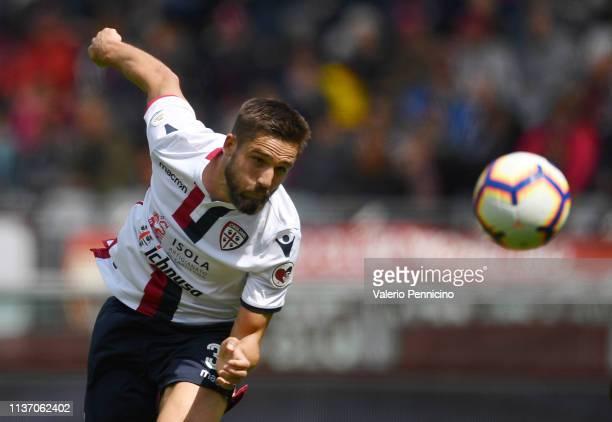 Leonardo Pavoletti of Cagliari scores a goal during the Serie A match between Torino FC and Cagliari at Stadio Olimpico di Torino on April 14 2019 in...
