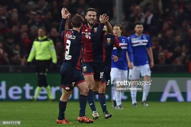 Leonardo Pavoletti of Genoa CFC celebrates a goal with team mate Cristian Daniel Ansaldi during the Serie A match between Genoa CFC and UC Sampdoria...
