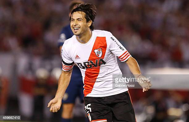Leonardo Pisculichi of River Plate celebrates after scoring the first goal of his team during a second leg semifinal match between River Plate and...