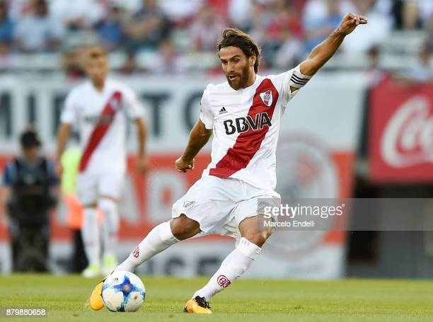 Leonardo Ponzio of River Plate kicks the ball during a match between River and Newell's Old Boys as part of Superliga 2017/18 at Monumental Stadium...