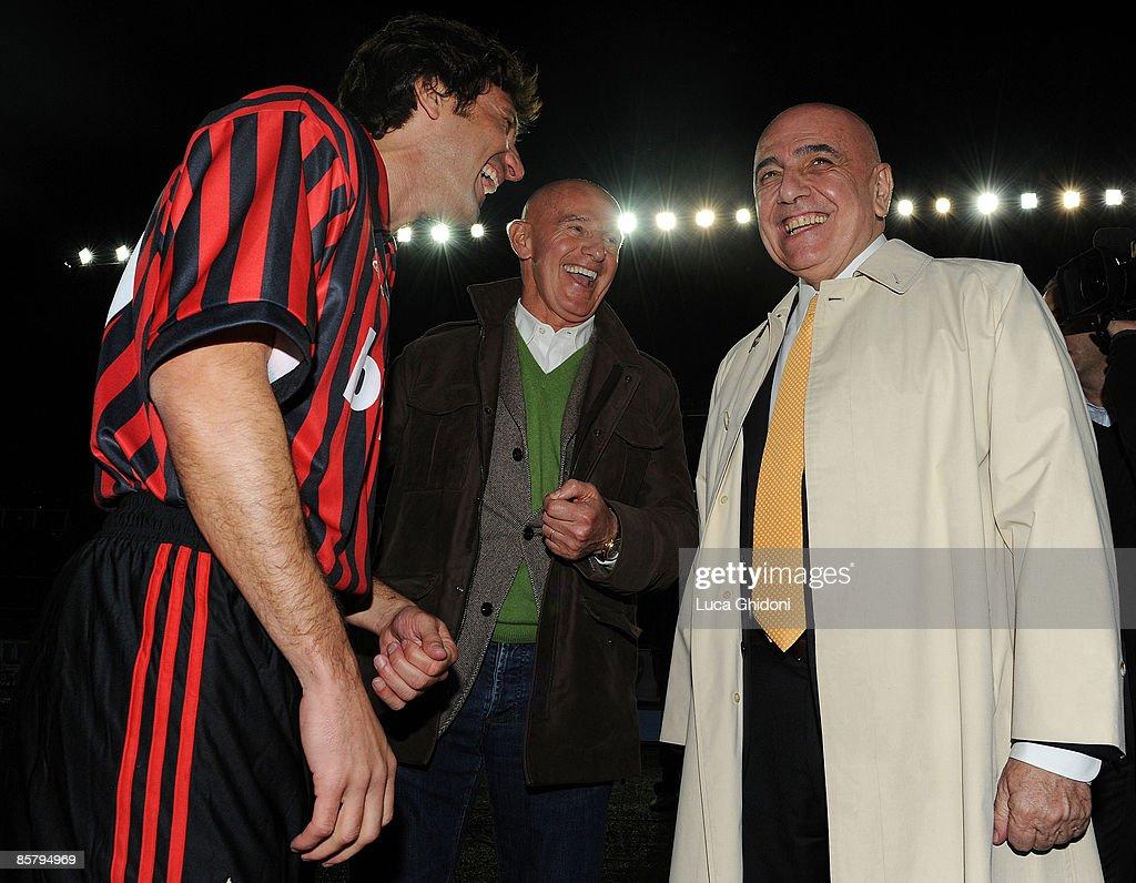 'Milan Glorie' - Charity Football Match : News Photo