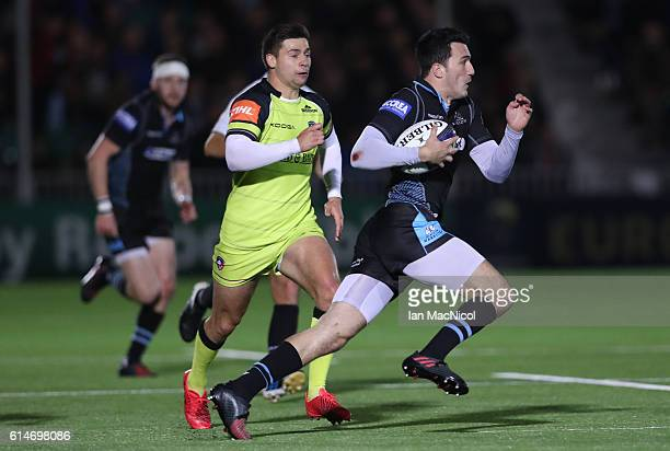Leonardo Sarto of Glasgow runs with the ball during the European Rugby Champions Cup match between Glasgow Warriors and Leicester Tigers at Scotstoun...