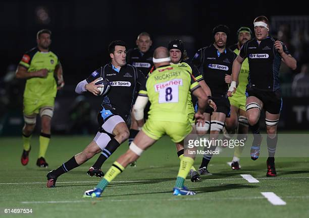 Leonardo Sarto of Glasgow runs withbthe ball during the European Rugby Champions Cup match between Glasgow Warriors and Leicester Tigers at Scotstoun...