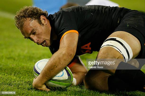 Leonardo Senatore of Jaguares scores a try during a match between Jaguares and Kings as part of Super Rugby 2016 6 at Jose Amalfitani Stadium on...