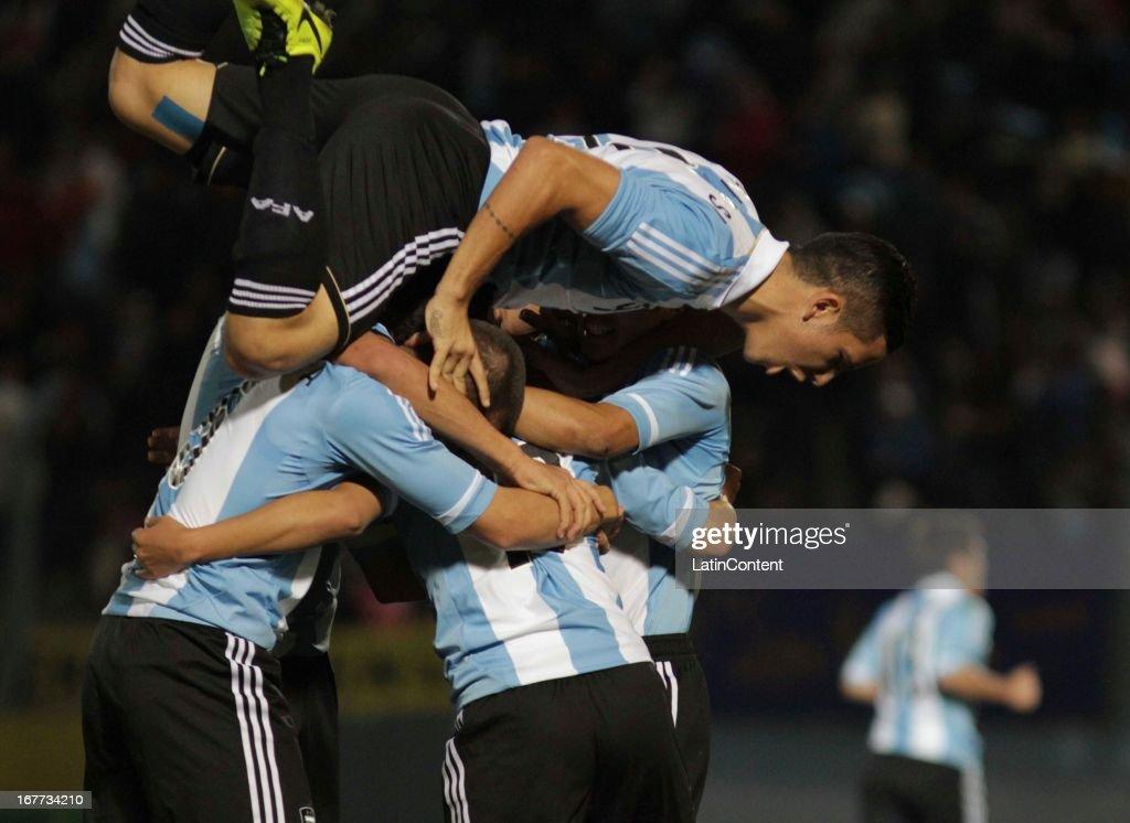 Leonardo Suárez of Argentina celebrates a goal during a match between Argentina and Venezuela as part of the U17 South American Championship at Juan Gilberto Funes on April 28, 2013 in La Punta, San Luis, Argentina.