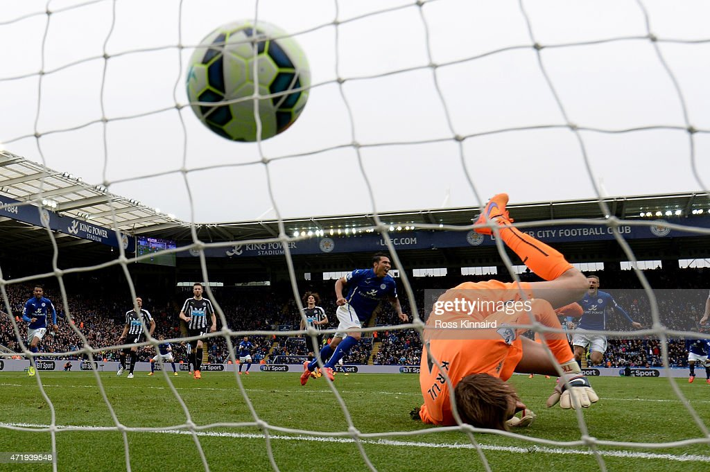 Leonardo Ulloa of Leicester City scores from the penalty spot during the Barclays Premier League match between Leicester City and Newcastle United at The King Power Stadium on May 2, 2015 in Leicester, England.