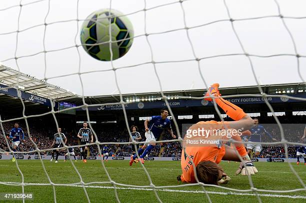 Leonardo Ulloa of Leicester City scores from the penalty spot during the Barclays Premier League match between Leicester City and Newcastle United at...