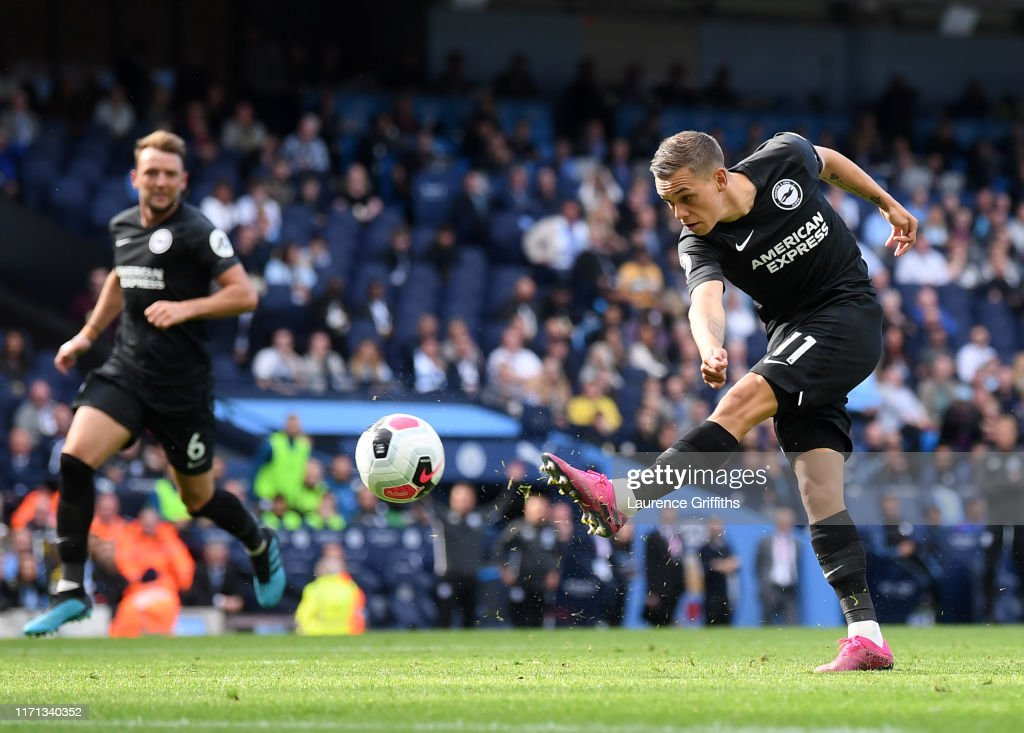 Manchester City v Brighton & Hove Albion - Premier League : Nieuwsfoto's