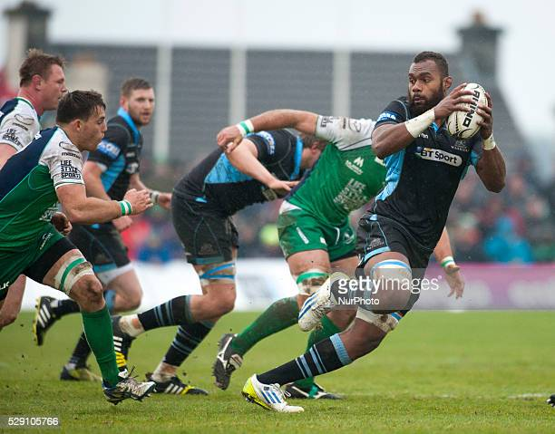 Leone Nakarawa of Glasgow runs with the ball during the Guinness PRO12 rugby match between Connacht Rugby and Glasgow Warriors at the Sportsground in...
