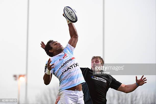 Leone Nakarawa of Racing 92 and Jonny Gray of Glasgow Warriors during the European Champions Cup match between Racing 92 and Glasgow Warriors at...