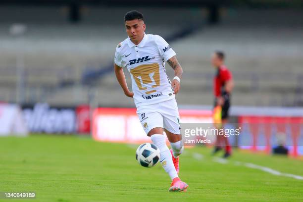 Leonel Lopez of Pumas drives the ball during the 8th round match between Pumas UNAM and Chivas as part of the Torneo Grita Mexico A21 Liga MX at...