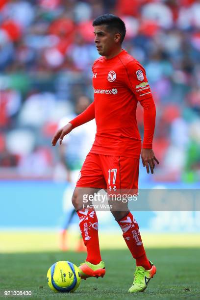 Leonel Lopez of Toluca drives the ball during the 8th round match between Toluca and Santos Laguna as part of the Torneo Clausura 2018 Liga MX at...