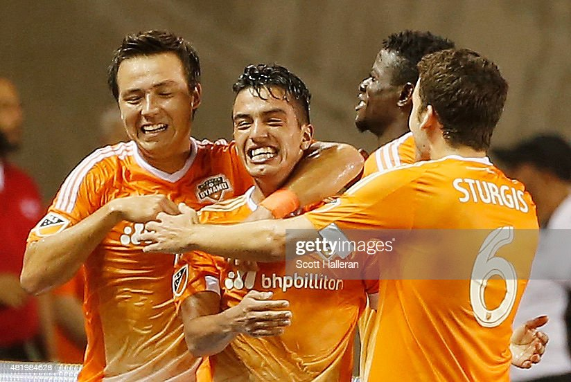 Los Angeles Galaxy v Houston Dynamo : News Photo
