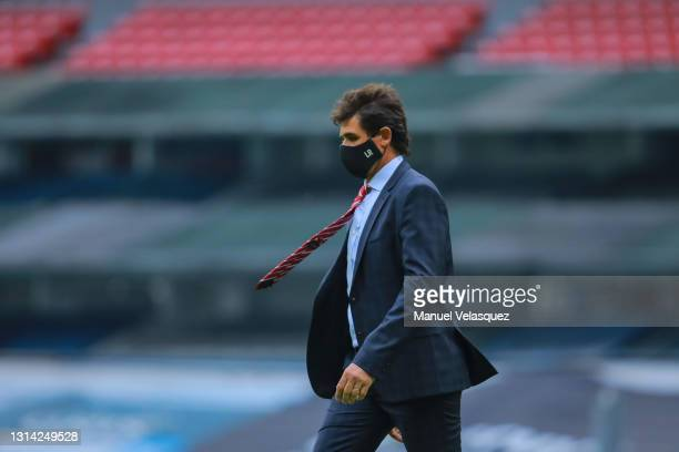 Leonel Rocco, coach of San Luis walks on the field during the 16th round match between Cruz Azul and Atletico de San Luis as part of the Torneo...