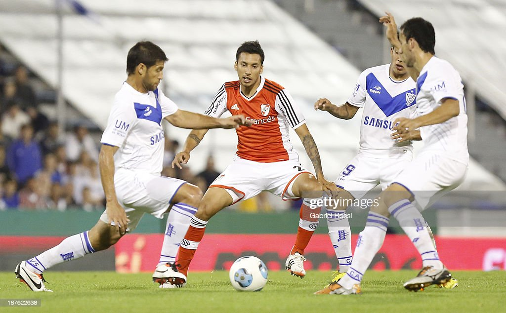 Velez Sarsfield v River Plate - Torneo Inicial 2013