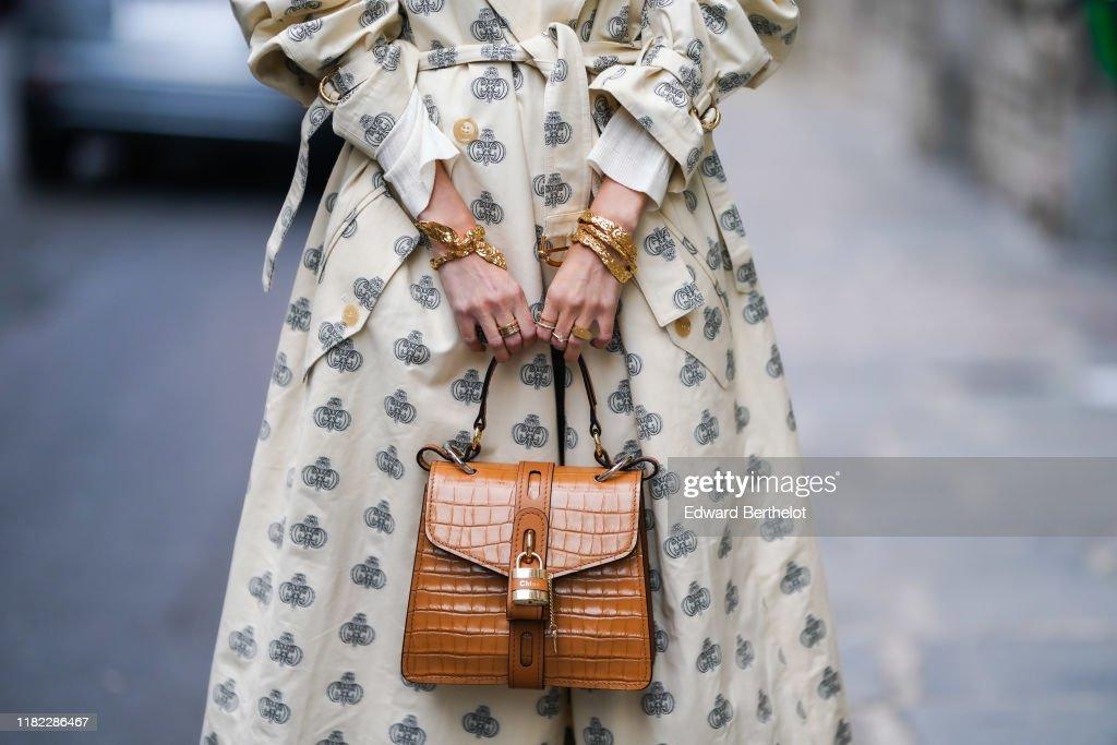 Street Style In Paris - October 2019 : Nieuwsfoto's