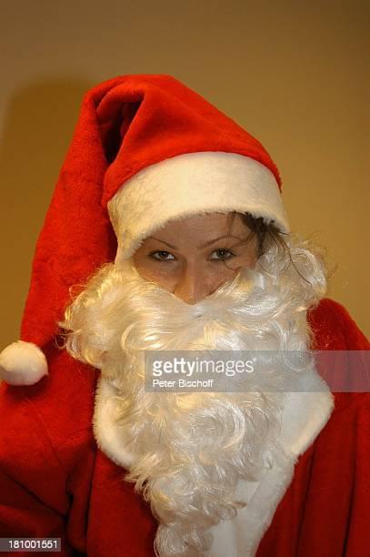 Leonore Capell BavariaFilmStudio München Schauspielerin Verkleidung Kostüm Nikolaus Weihnachtsmann Weihnachten Weihnachtszeit Advent Promis...
