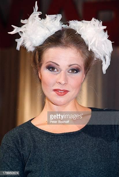Leonore Capell Porträt Schauspieleringeb 22 Juli 1970 Sternzeichen KrebsMarienhof Trendscout 2000ARDDailySoap Modenschau