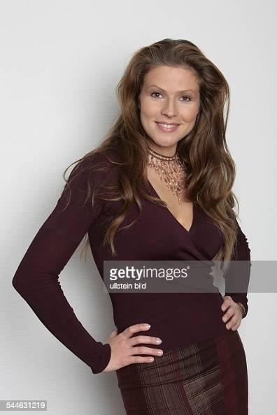 Leonore Capell - Schauspielerin, Moderatorin; D Foto di