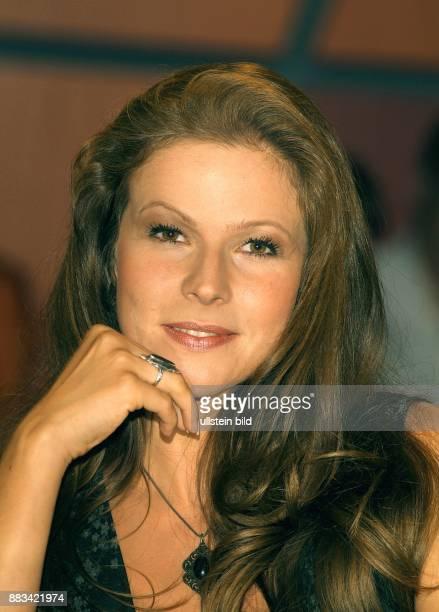 Leonore Capell - Schauspielerin, Moderatorin; D