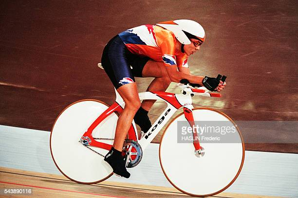 Leontien Zijlaard Van Moorsel from the Netherlands during the women's track individual pursuit at the 2000 Olympics