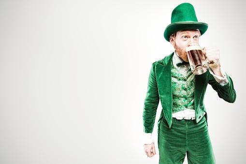 Leprechaun Man with Beer 538777281