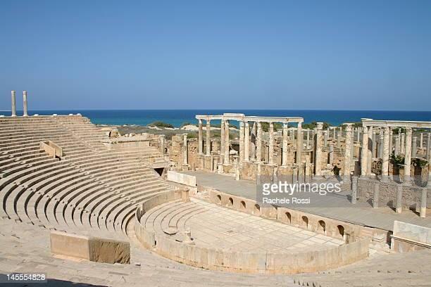 leptis magna theatre in leptis magna - リビア ストックフォトと画像