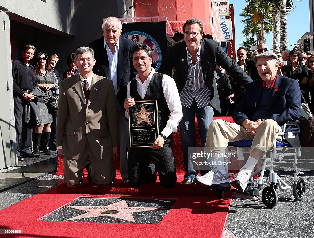 Leron Gubler, President/CEO of the Hollywood Chamber of Commerce, director Garry Marshall, actor John Stamos, comedian Bob Saget and actor Jack Klugman pose during induction ceremony on the Hollywood Walk of Fame on November 16, 2009 in Hollywood, California.