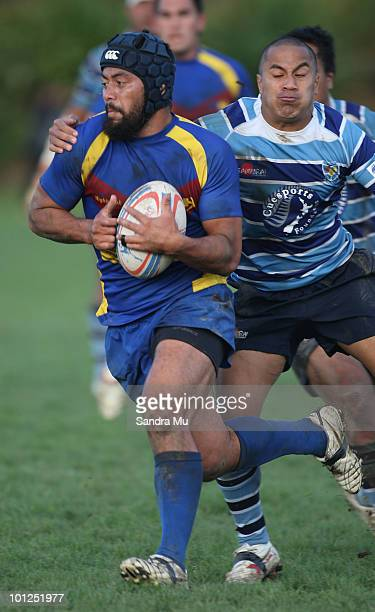 Leroy Faavesi of the Hornets in action during the Fox Memorial Championship match between the Otahuhu Leopards and Howick Hornets at Paparoa Park May...