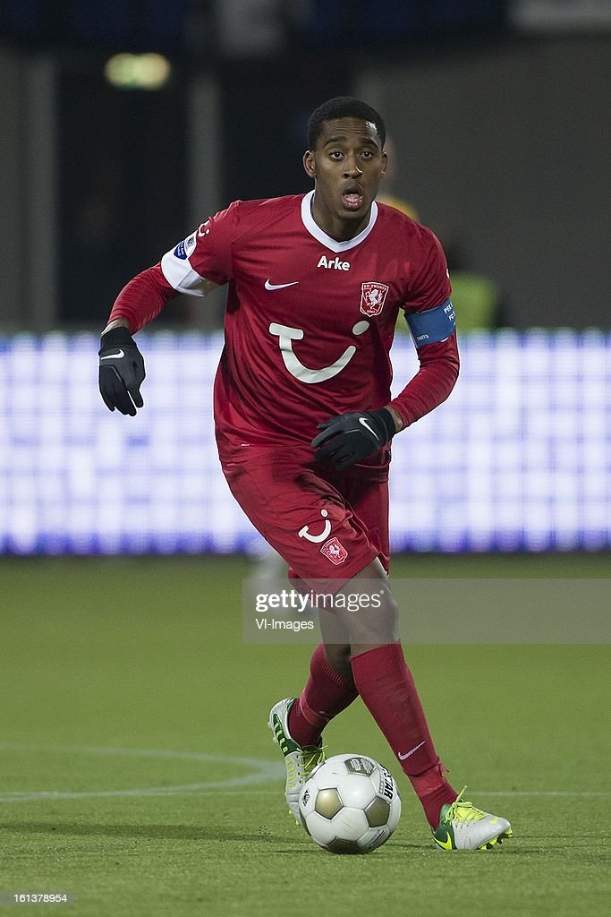 Leroy Fer of FC Twente during the Dutch Eredivisie match between PEC Zwolle and FC Twente at the IJsseldelta Stadium on february 10, 2013 in Zwolle, The Netherlands
