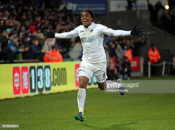 Leroy Fer of Swansea City celebrates his second goal making the score 31 to his team during the Premier League match between Swansea City and Crystal...