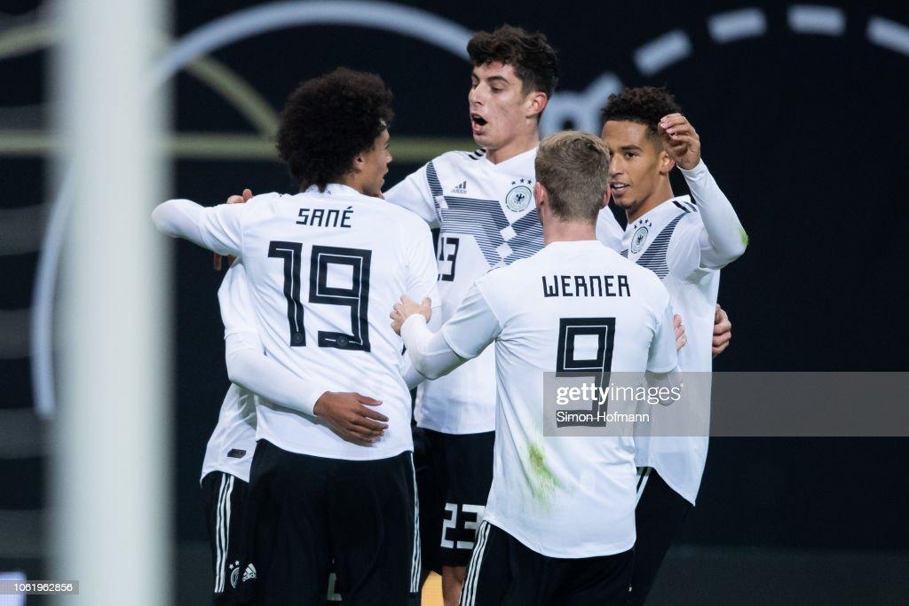 Germany v Russia - International Friendly : Nachrichtenfoto