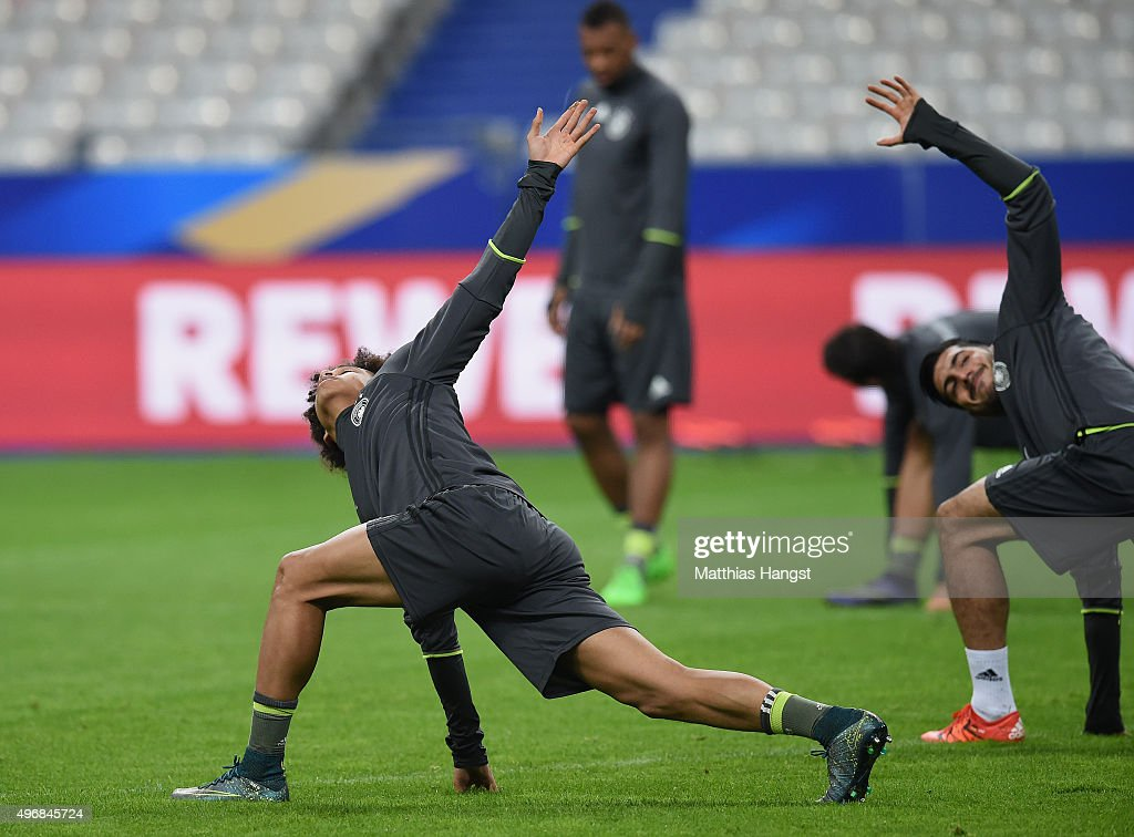 Leroy Sane of Germany warms up during a Germany training session ahead of their International Friendly against France at Stade de France on November 12, 2015 in Paris, France.