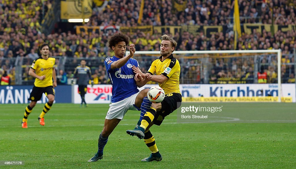 Borussia Dortmund v FC Schalke 04 - Bundesliga : Foto jornalística