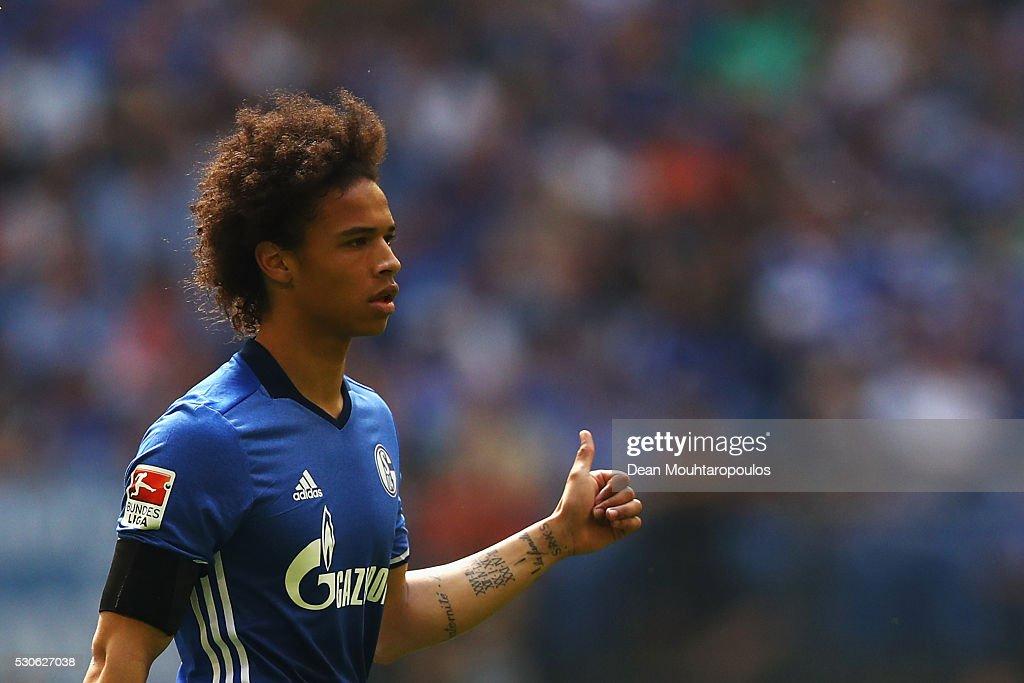 FC Schalke 04 v FC Augsburg - Bundesliga : News Photo