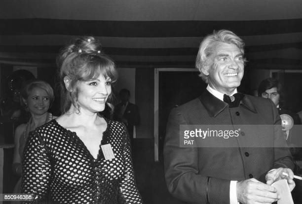 Les acteurs Catherine Rouvel et Jean Marais le 7 mai 1973 à Paris France