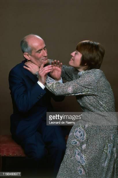 """Les acteurs français Louis de Funes et Annie Girardot réunis pour le film de Claude Zidi """"La Zizanie""""."""