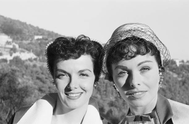 les-actrices-amricaine-jane-russell-et-j