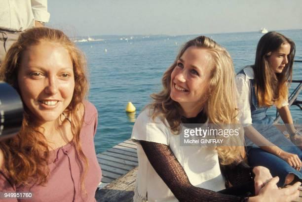 Les actrices Anne Wiazemski et Brigitte Fossey au Festival de Cannes en mai 1974 France
