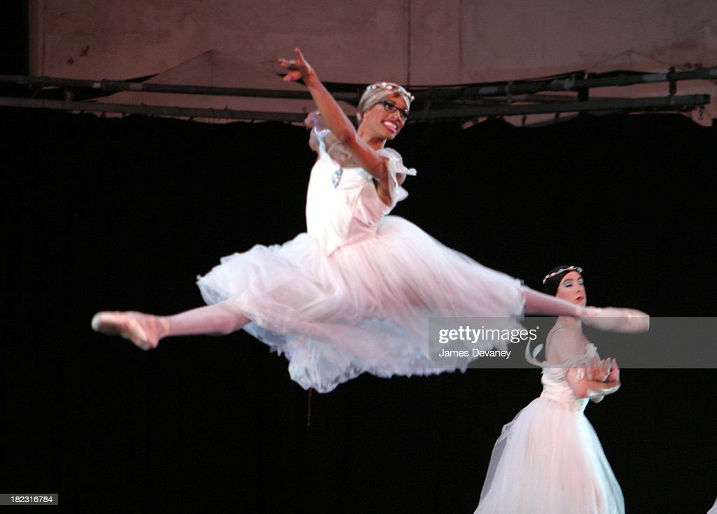 Les Ballets Trockadero De Monte Carlo during Lincoln Center Out of Doors Presents Les Ballets Trockadero & Lincoln Center Out of Doors Presents Les Ballets Trockadero De ... pezcame.com