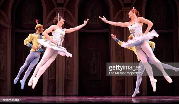 Les Ballets Trockadero de Monte Carlo Raymonda's Wedding