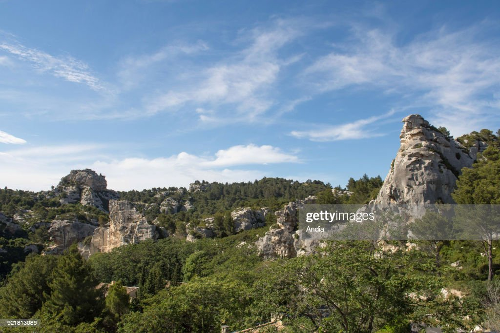 chaine des Alpilles, small range of low mountains.
