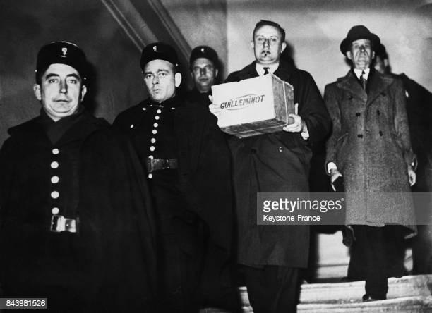 Les bijoux de la Begum restitués à la sûreté de Marseille ont été déposés à la Banque de France à Paris France le 9 février 1950