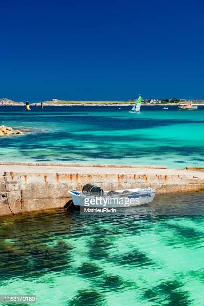 les caraïbes de bretagne en été : les vacances à la plage - brest brittany stock pictures, royalty-free photos & images