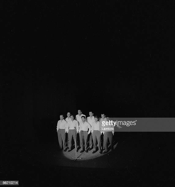 Les Compagnons de la Chanson Bobino Febuary 1962
