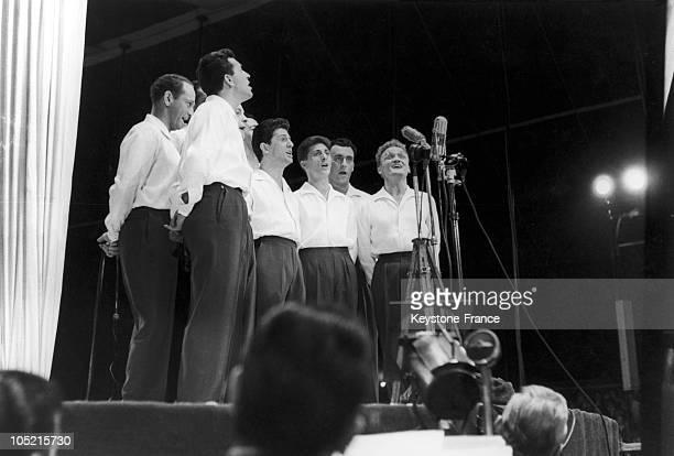 Les Compagnons De La Chanson On Stage In 1954