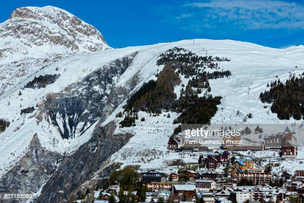 les deux alpes, isere, france - isere stock pictures, royalty-free photos & images