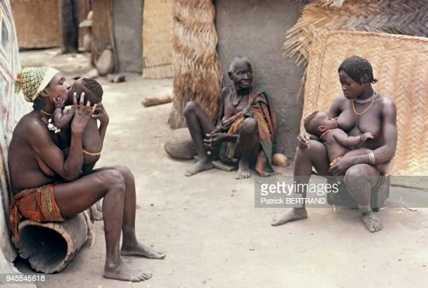 Les Fali sont des montagnards et des paysans du Nord Cameroun Les Fali sont des montagnards et des paysans du Nord Cameroun